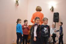 Воскресная школа репетирует Рождественский утренник