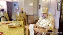 Архиепископ Артемий совершил литургию в кафедральном соборе города Гродно